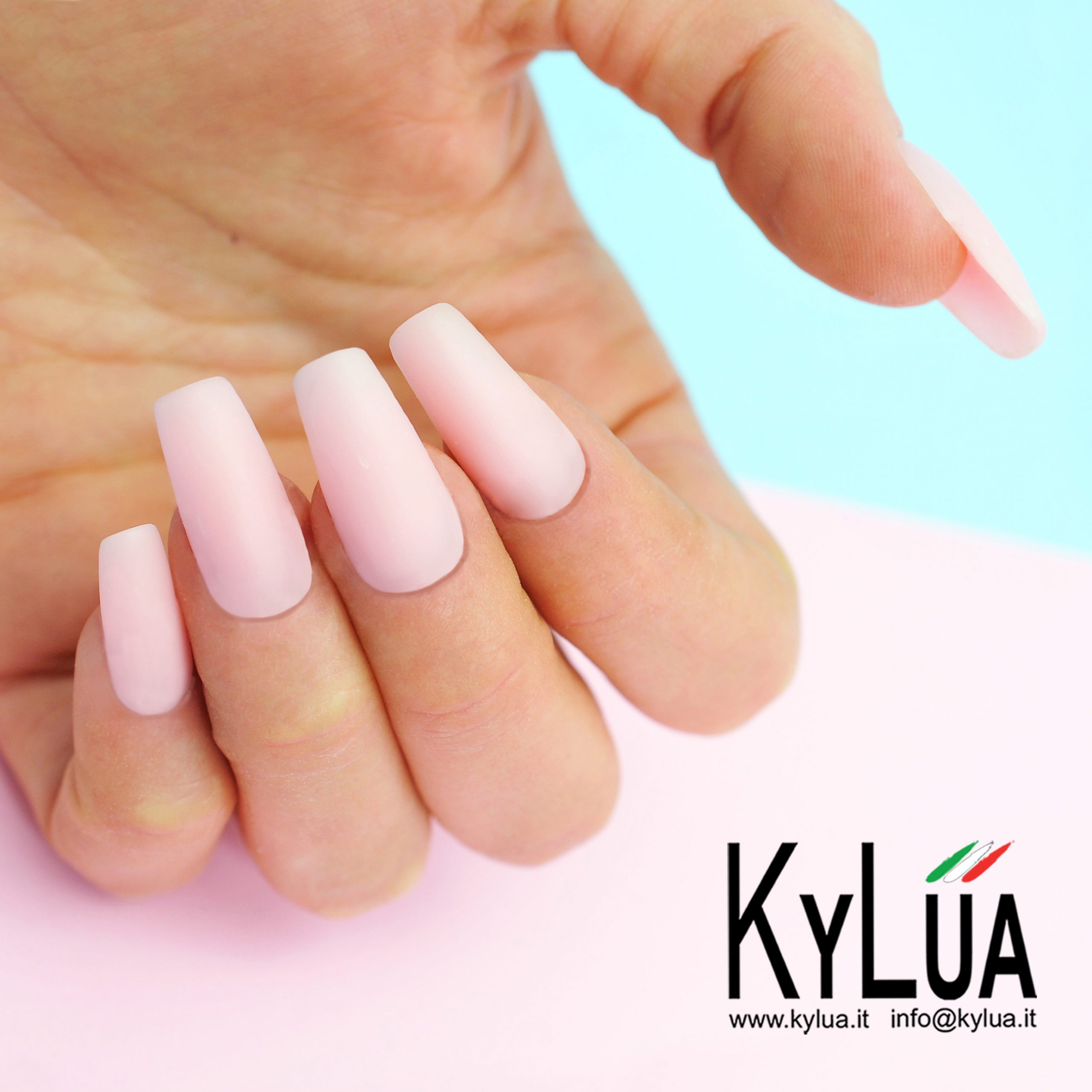 corso nail akrylike